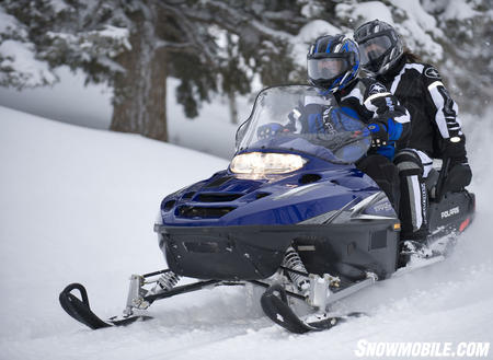 Snow mobile